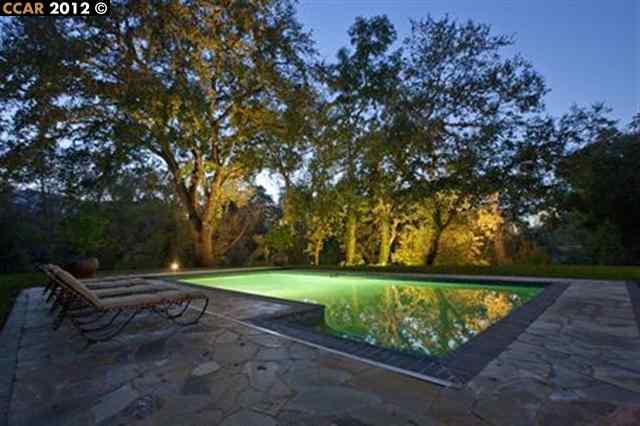 Additional photo for property listing at 58 LA GONDA Court  Danville, California 94526 United States