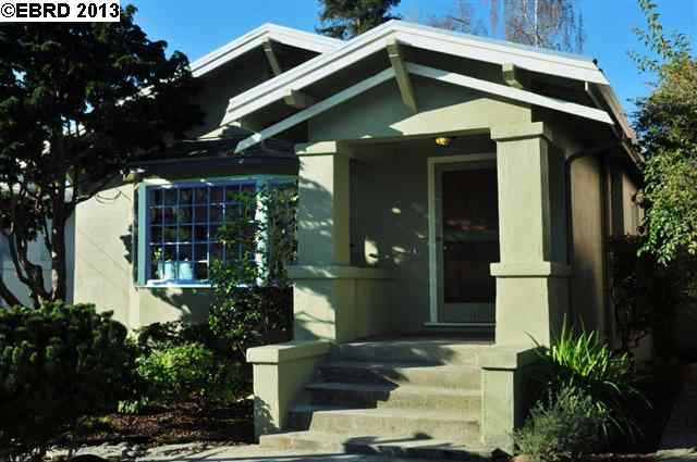 Maison unifamiliale pour l Vente à 1316 MILVIA Street Berkeley, Californie 94709 États-Unis