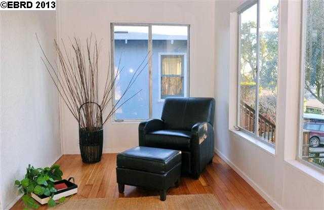 Additional photo for property listing at 1316 MILVIA Street  Berkeley, Californie 94709 États-Unis