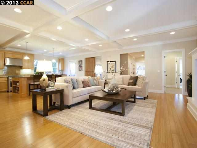 Additional photo for property listing at 101 ROSE Street  Walnut Creek, カリフォルニア 94595 アメリカ合衆国