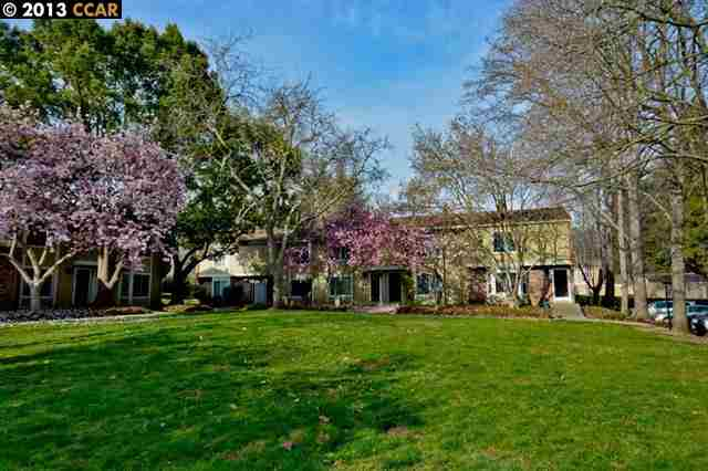 Additional photo for property listing at 634 Sycamore Circle  Danville, California 94526 United States