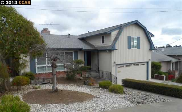 Single Family Home for Sale at 3511 Arcadian Castro Valley, California 94546 United States