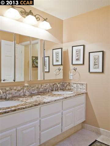 Additional photo for property listing at 6 Elizabeth Lane  Danville, Калифорния 94526 Соединенные Штаты