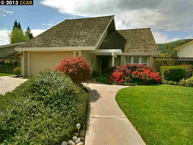 Single Family Home for Sale at 1024 LEHIGH VALLEY Circle Danville, California 94526 United States