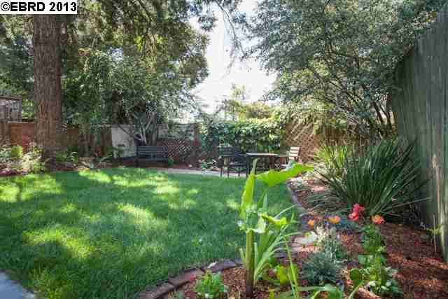 Additional photo for property listing at 1106 CURTIS Street  Albany, California 94706 Estados Unidos