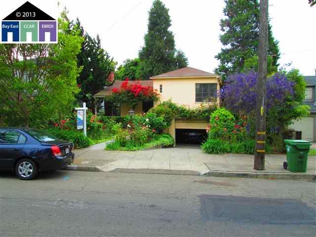 Частный односемейный дом для того Продажа на 4433 TOMPKINS Avenue Oakland, Калифорния 94619 Соединенные Штаты