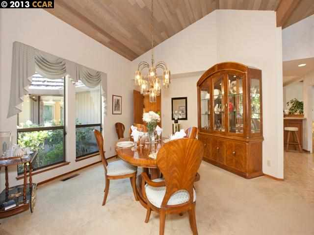 Additional photo for property listing at 2210 Canyon Oak Lane  Danville, Kalifornien 94506 Vereinigte Staaten