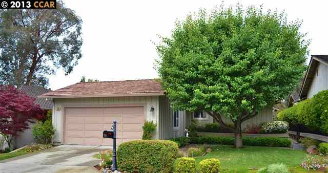 Single Family Home for Sale at 708 OAKMONT Court Danville, California 94526 United States