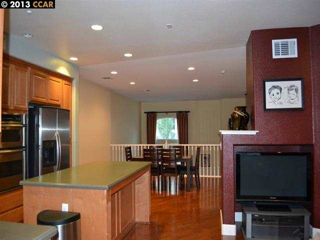 Additional photo for property listing at 6166 YARDLEY Lane  San Ramon, California 94582 United States
