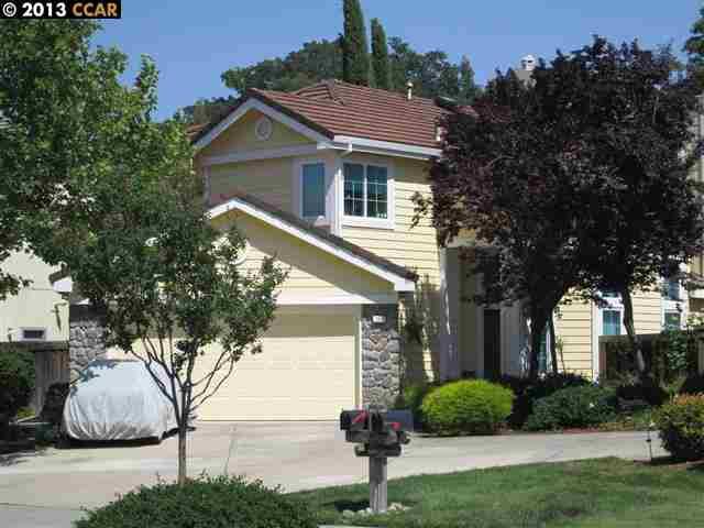 Maison unifamiliale pour l Vente à 206 CONDOR WAY Clayton, Californie 94517 États-Unis