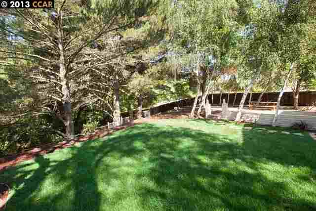 Additional photo for property listing at 11847 W VOMAC Road  Dublin, Californie 94568 États-Unis