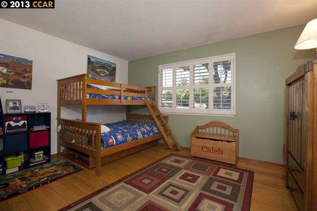 Additional photo for property listing at 1721 FAIRWOOD Drive  Concord, Kalifornien 94521 Vereinigte Staaten
