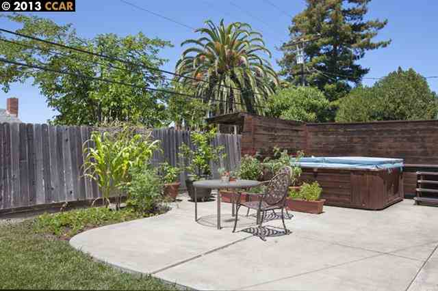 Additional photo for property listing at 1721 FAIRWOOD Drive  Concord, California 94521 United States