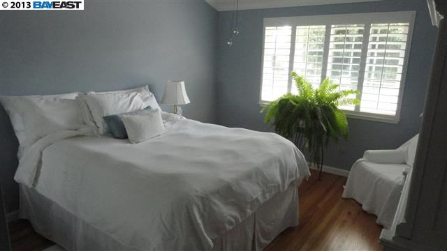 Additional photo for property listing at 702 CATALINA Drive  Livermore, Калифорния 94550 Соединенные Штаты