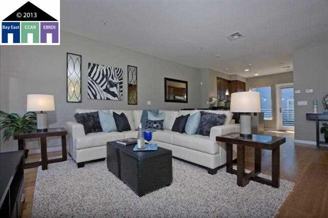 Casa Unifamiliar por un Venta en 1307 65TH Street Emeryville, California 94608 Estados Unidos