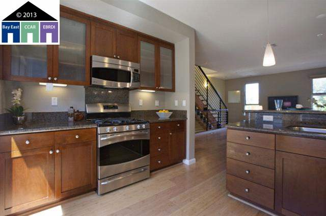 Additional photo for property listing at 1307 65TH Street  Emeryville, California 94608 Estados Unidos