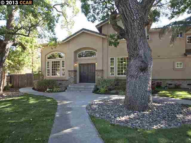Maison unifamiliale pour l Vente à 1054 READY Court Walnut Creek, Californie 94598 États-Unis