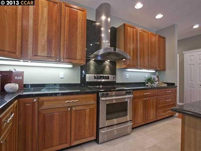Additional photo for property listing at 1054 READY Court  Walnut Creek, 加利福尼亞州 94598 美國