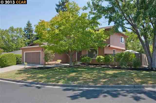 Single Family Home for Sale at 15 SWAN Court Walnut Creek, California 94597 United States