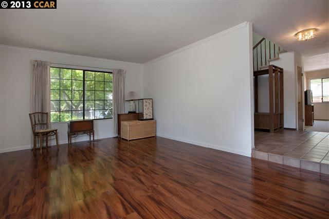 Additional photo for property listing at 15 SWAN Court  Walnut Creek, Californie 94597 États-Unis