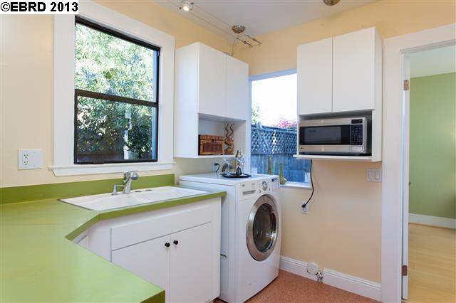 Additional photo for property listing at 1132 Derby Street  Berkeley, California 94702 United States
