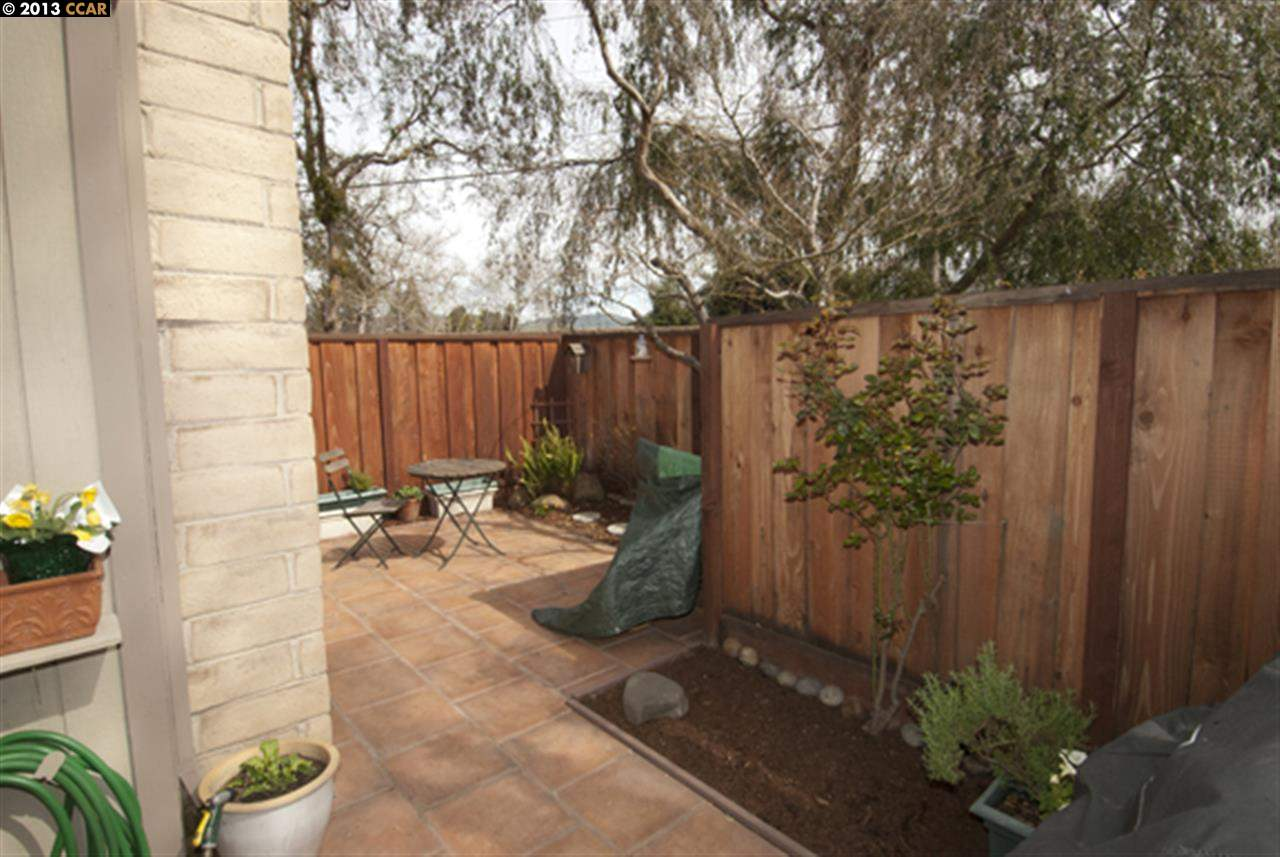Additional photo for property listing at 1103 San Ramon Valley Blvd.  Danville, California 94526 United States
