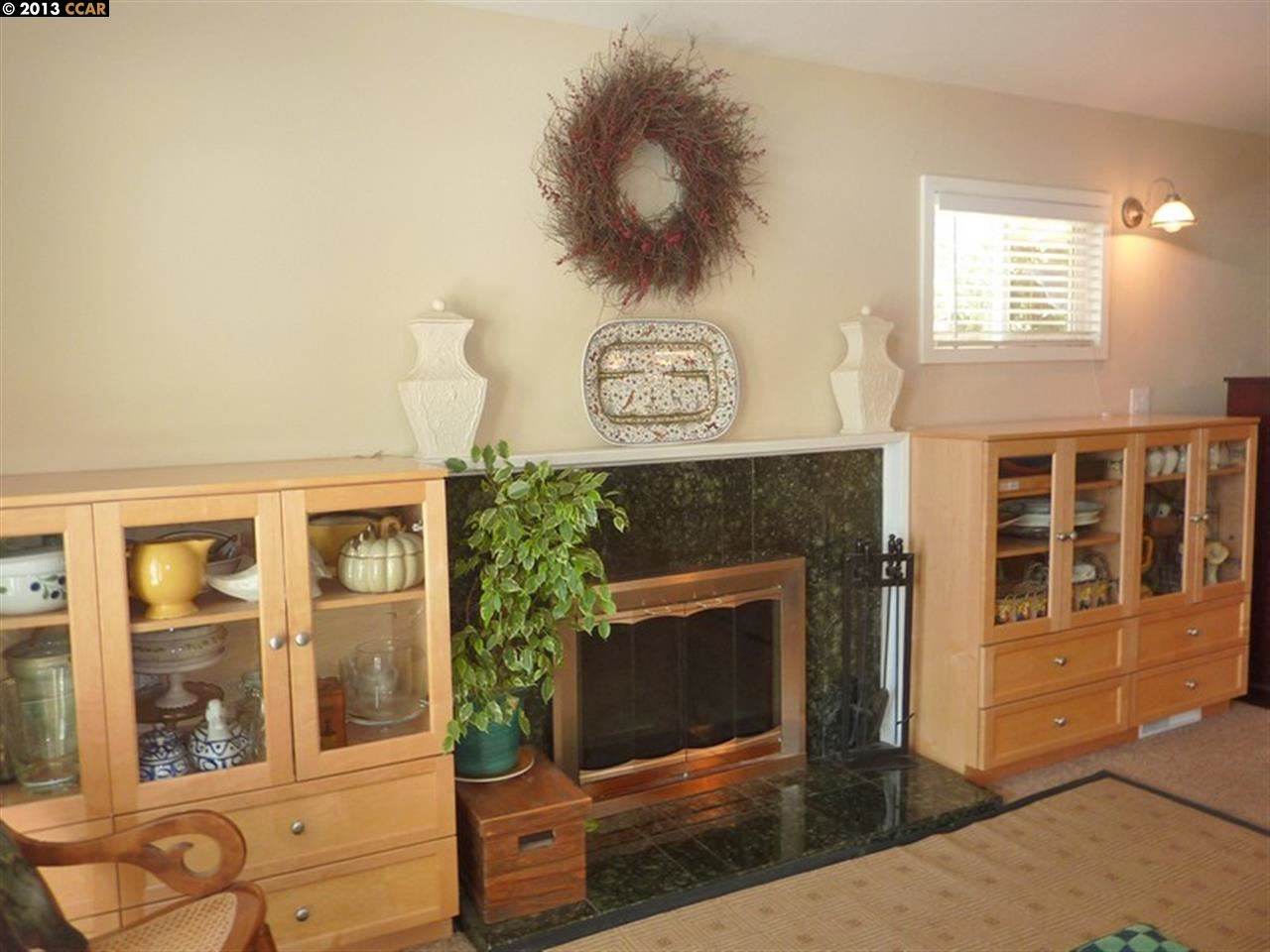 Additional photo for property listing at 1722 PINE Street  Livermore, Калифорния 94551 Соединенные Штаты