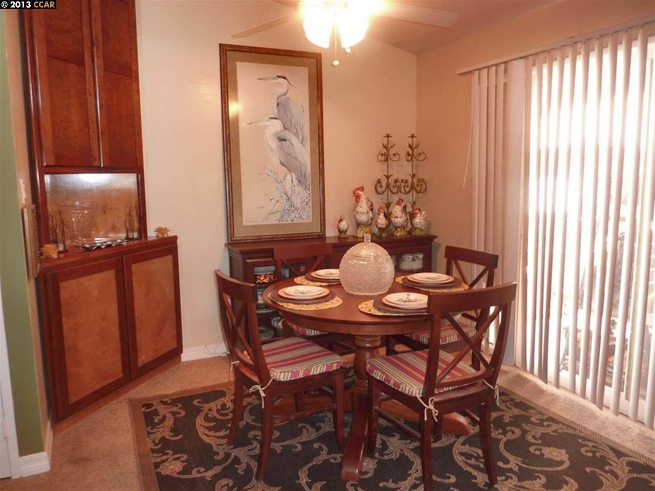 Additional photo for property listing at 1722 PINE Street  Livermore, California 94551 Estados Unidos
