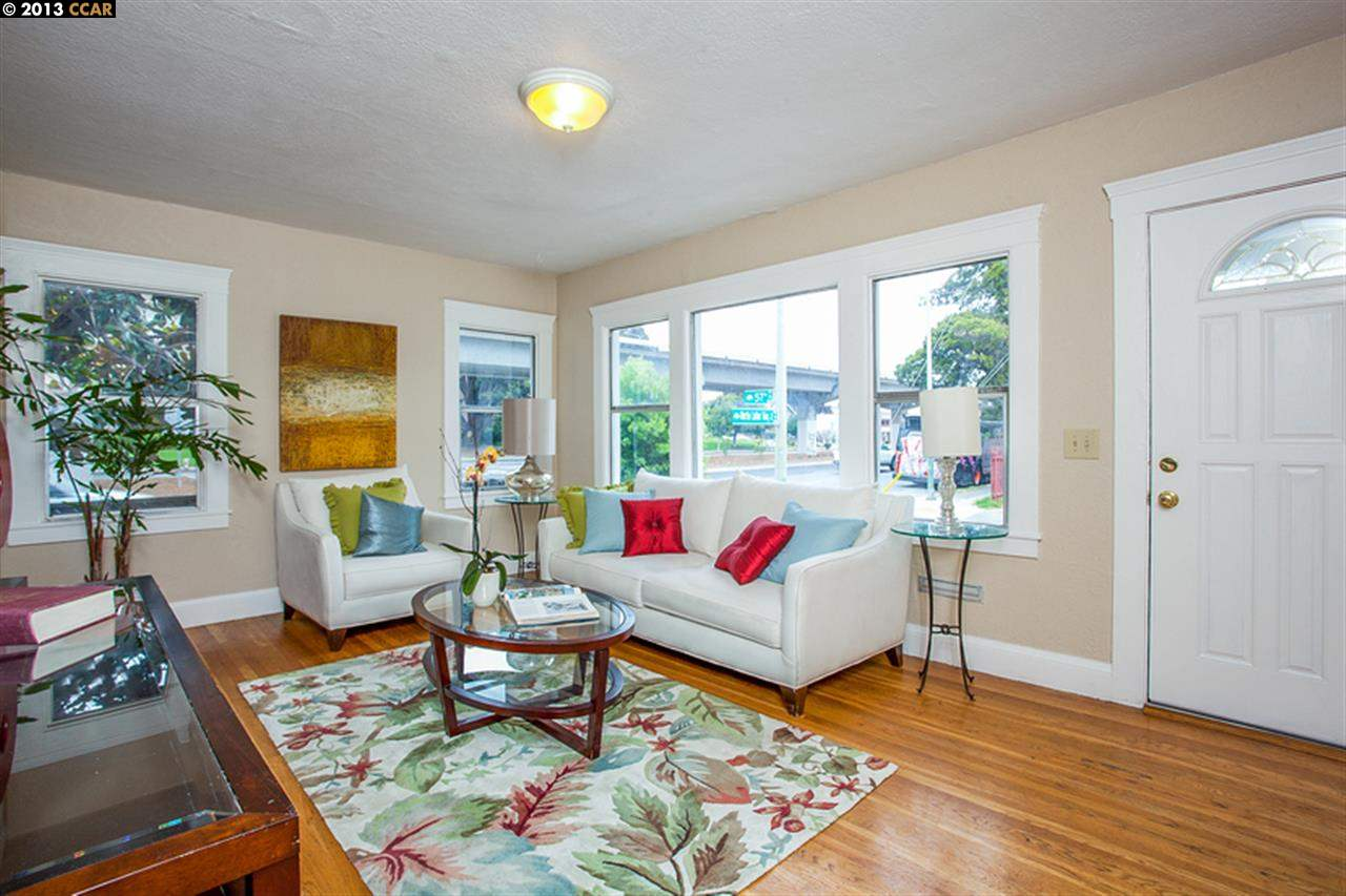 Additional photo for property listing at 804 57TH Street  Oakland, Californie 94608 États-Unis