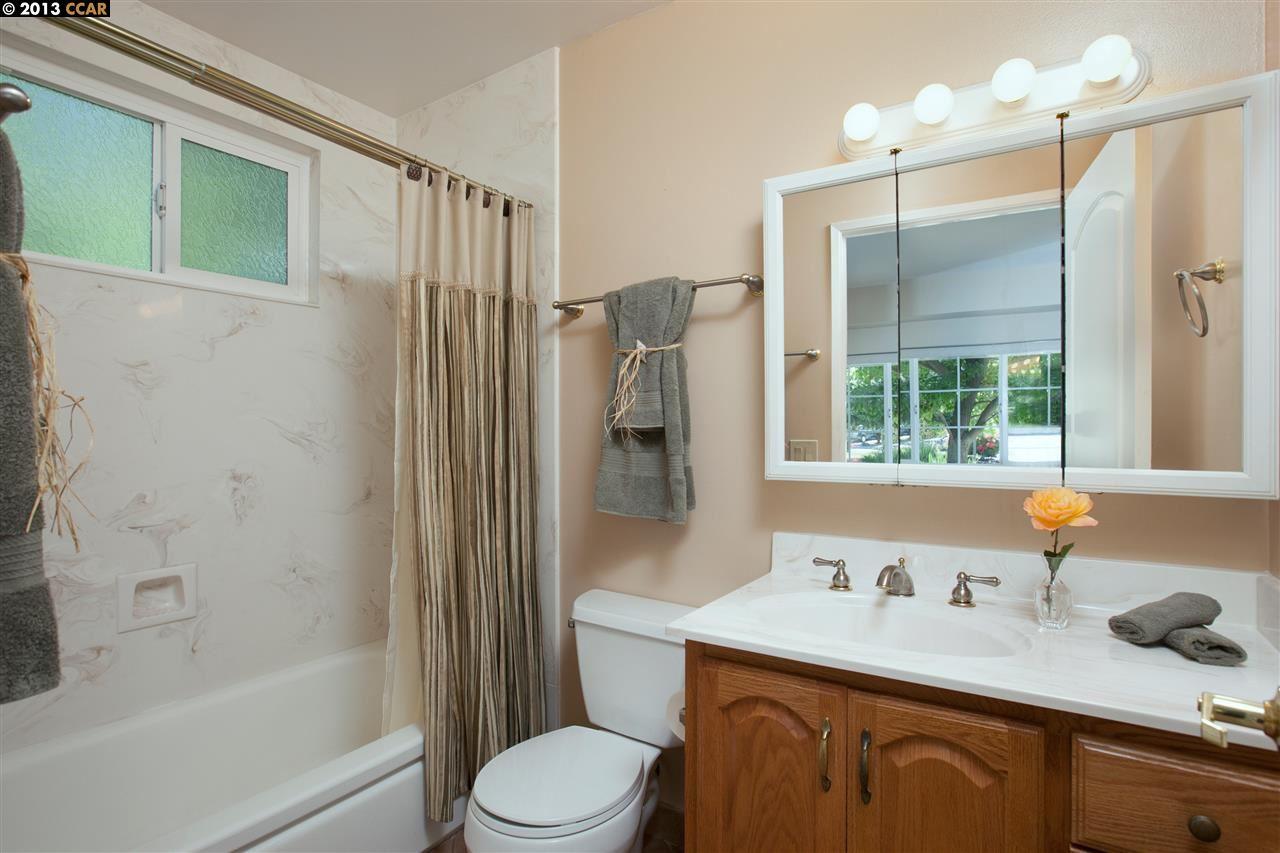 Additional photo for property listing at 45 FIRCREST Court  San Ramon, Калифорния 94583 Соединенные Штаты