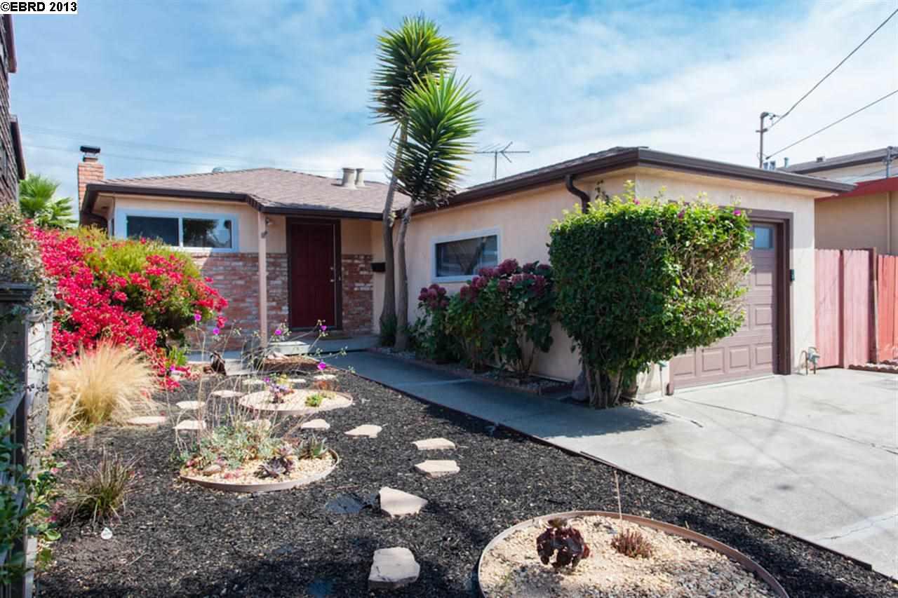 Einfamilienhaus für Verkauf beim 827 CORNELL Avenue Albany, Kalifornien 94706 Vereinigte Staaten
