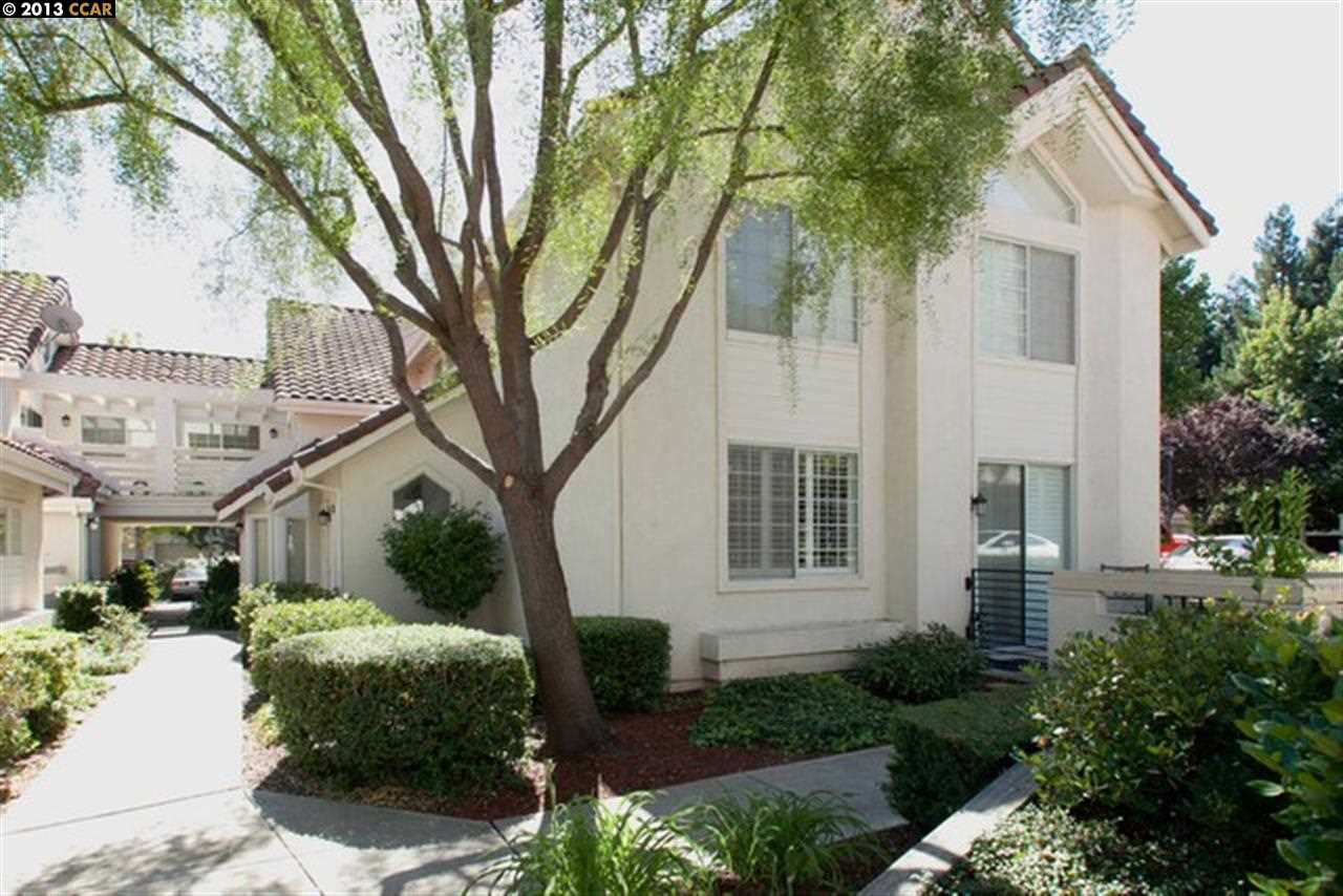 Additional photo for property listing at 11812 KILCULLIN Court  Dublin, Californie 94568 États-Unis