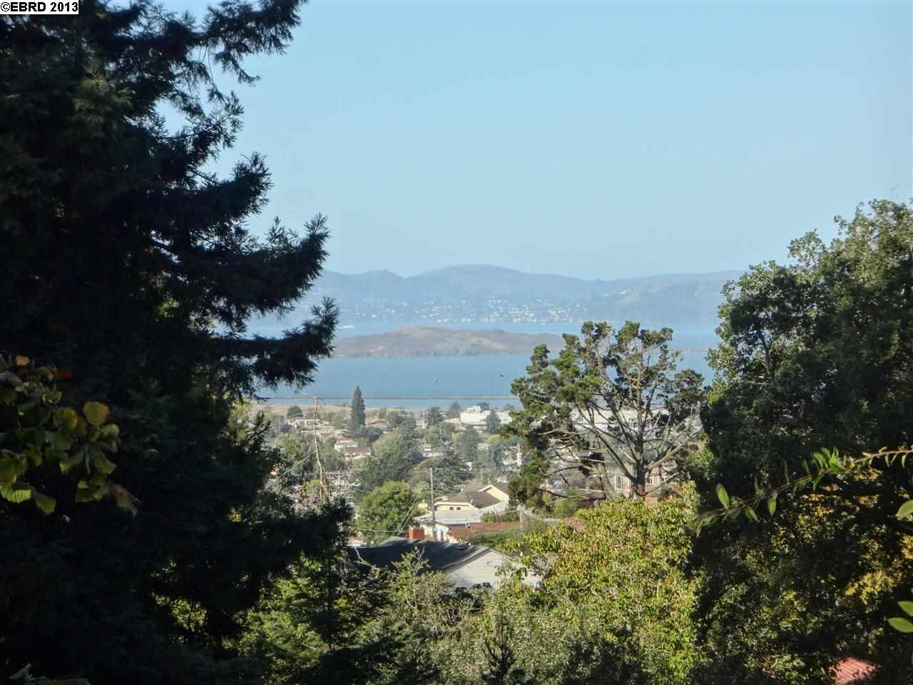 Additional photo for property listing at 7714 TERRACE Drive  El Cerrito, California 94530 United States