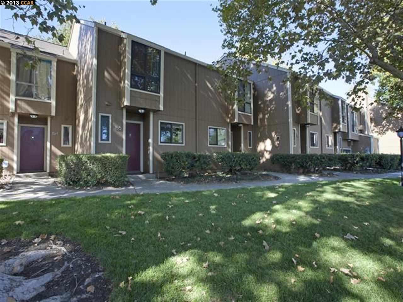 واحد منزل الأسرة للـ Sale في 8985 ALCOSTA BLVD San Ramon, California 94583 United States