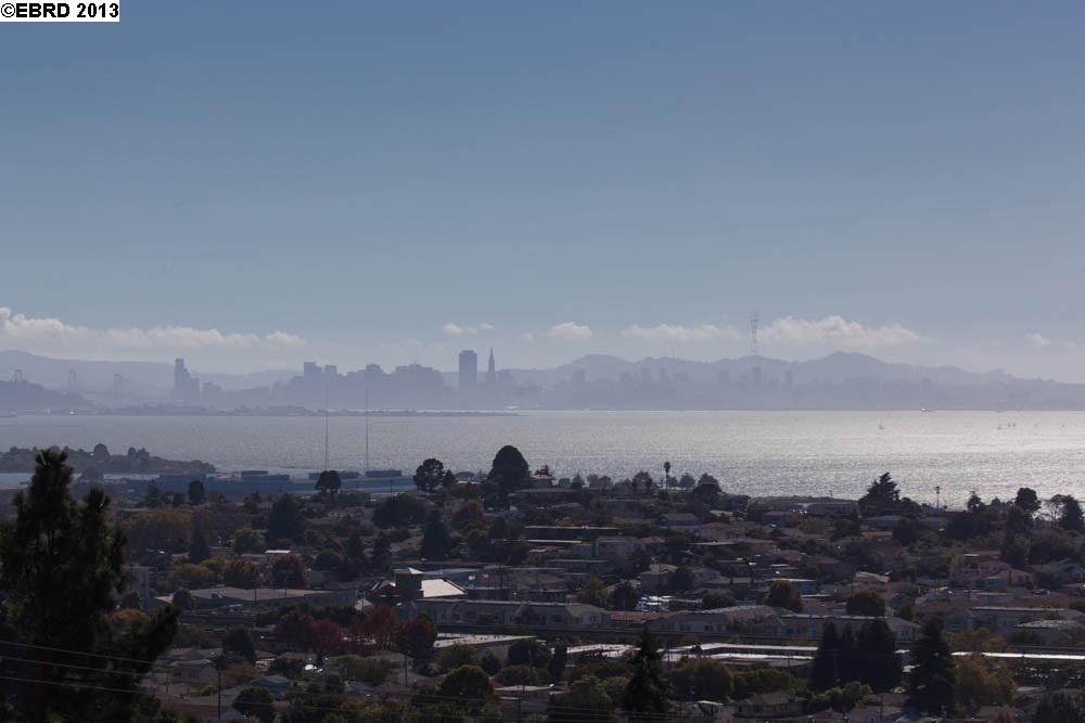 Additional photo for property listing at 7435 POTRERO Avenue  El Cerrito, カリフォルニア 94530 アメリカ合衆国