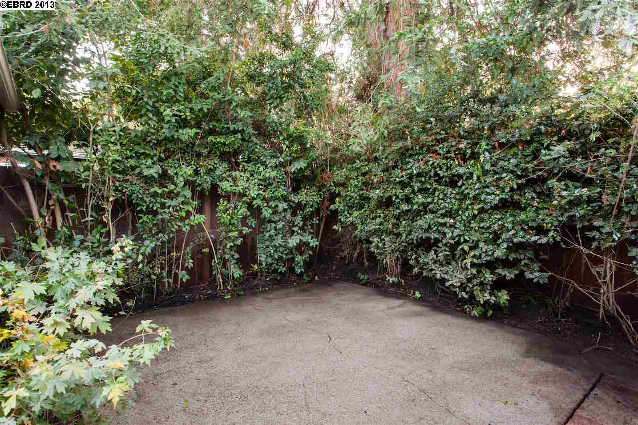 Additional photo for property listing at 391 60TH Street  Oakland, カリフォルニア 94618 アメリカ合衆国