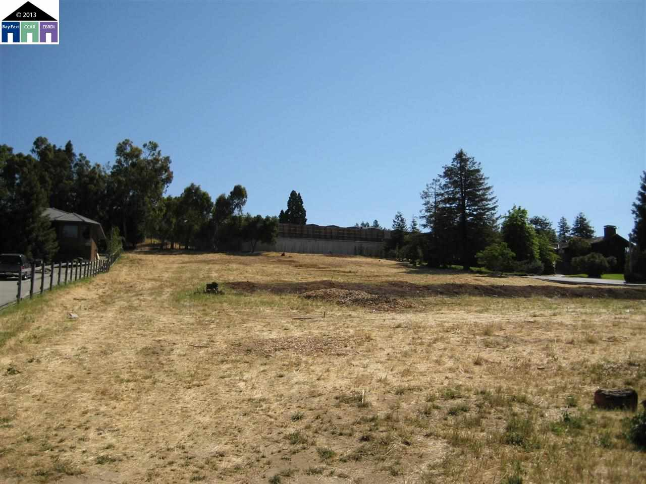 Land for Sale at Ewing Road Ewing Road Castro Valley, California 94546 United States