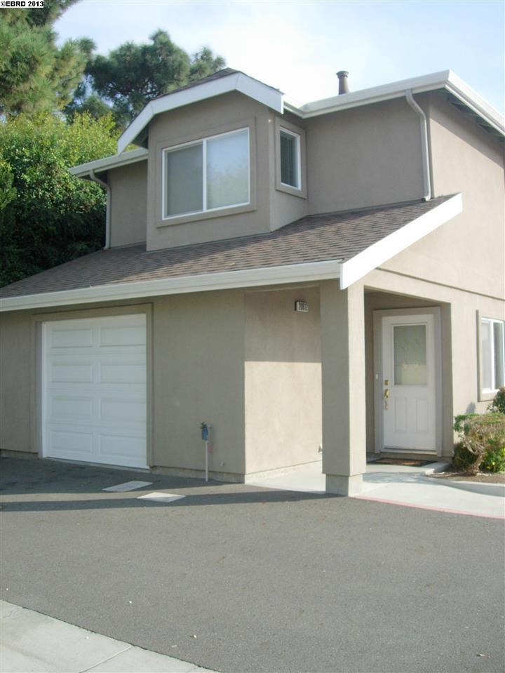 Maison unifamiliale pour l Vente à 20812 GROVE PARK Place Hayward, Californie 94541 États-Unis