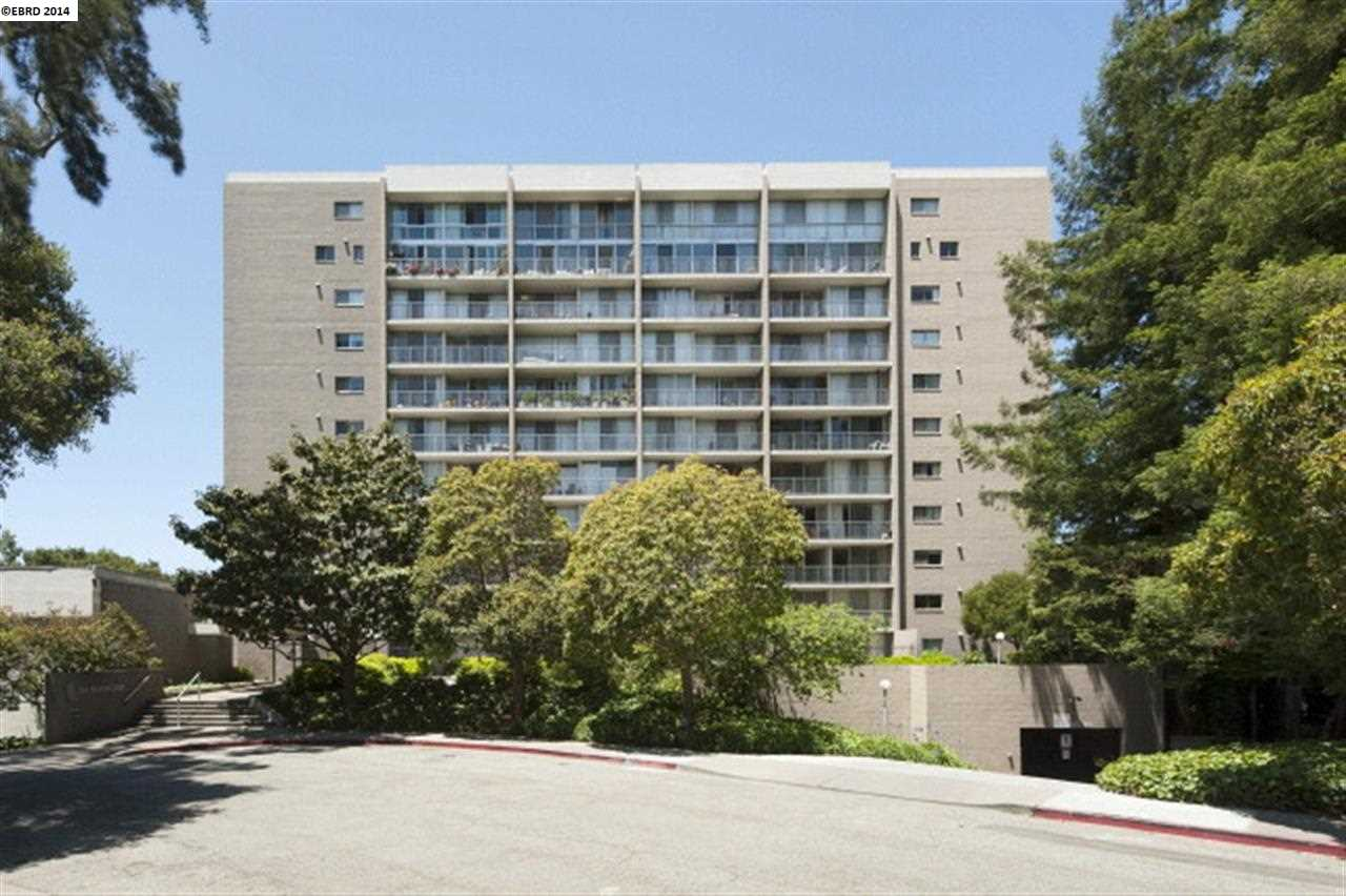 獨棟家庭住宅 為 出售 在 1 KELTON Court Oakland, 加利福尼亞州 94611 美國