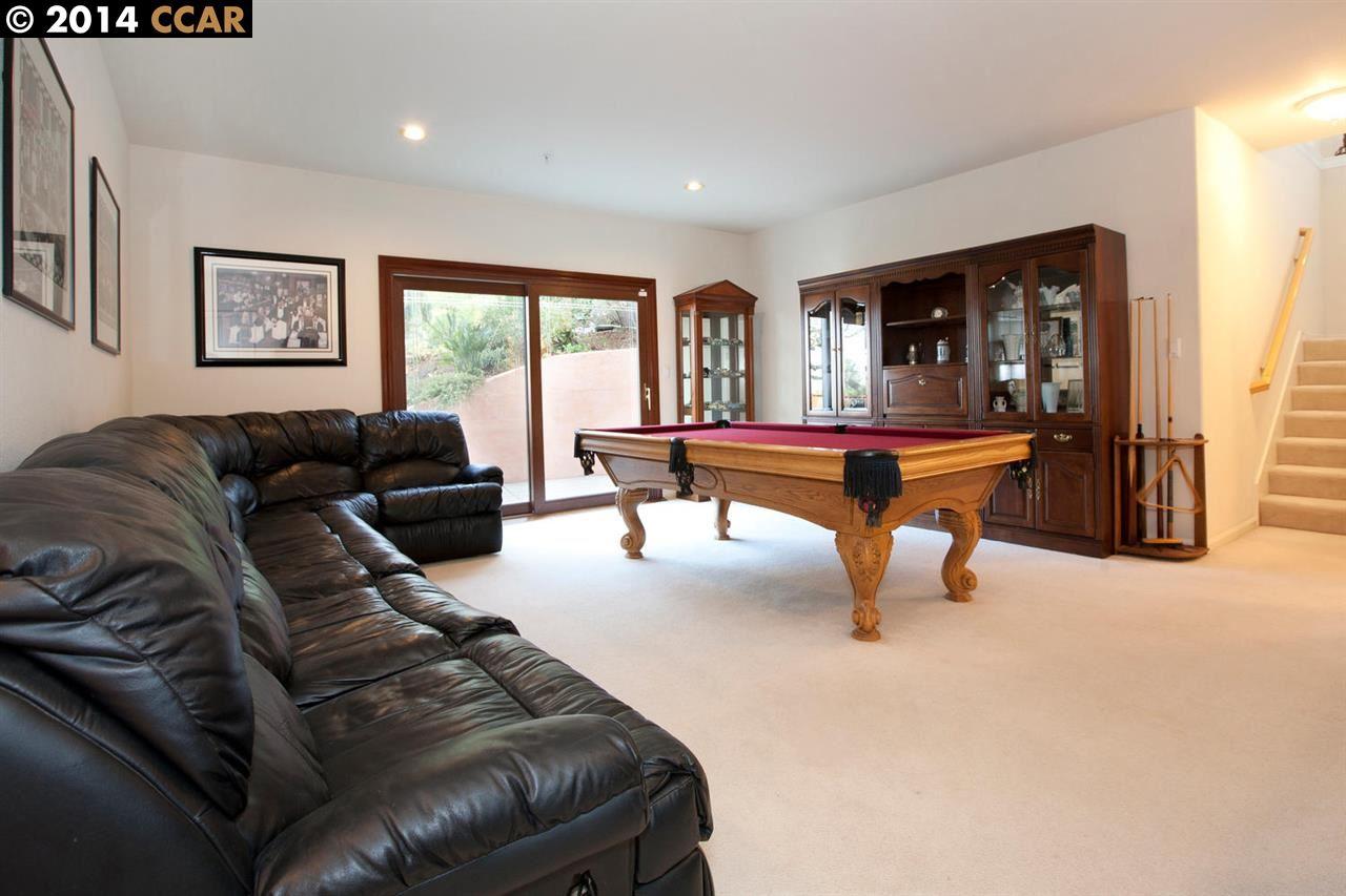 Additional photo for property listing at 2199 HIDDEN POND Road  Lafayette, Californie 94549 États-Unis