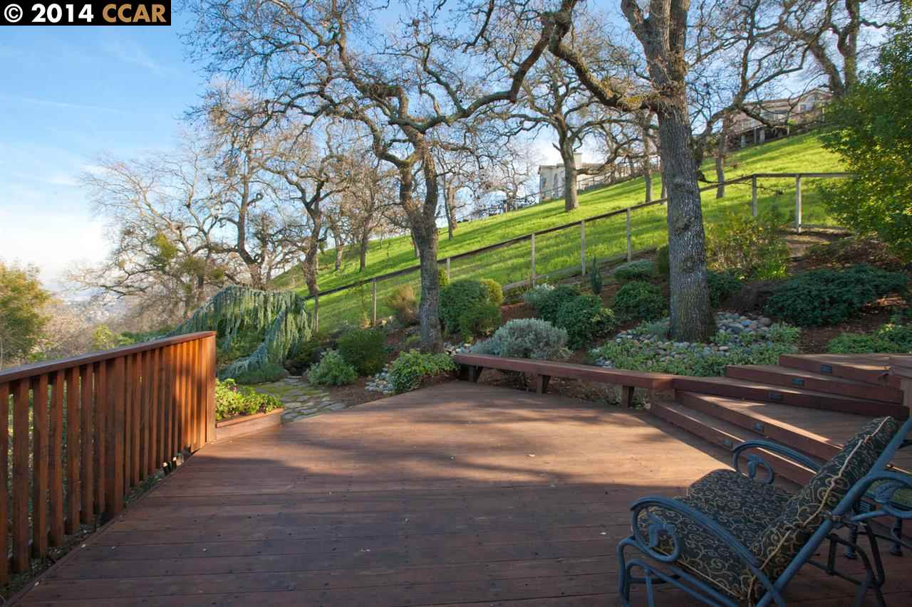 Additional photo for property listing at 2199 HIDDEN POND Road  Lafayette, California 94549 United States