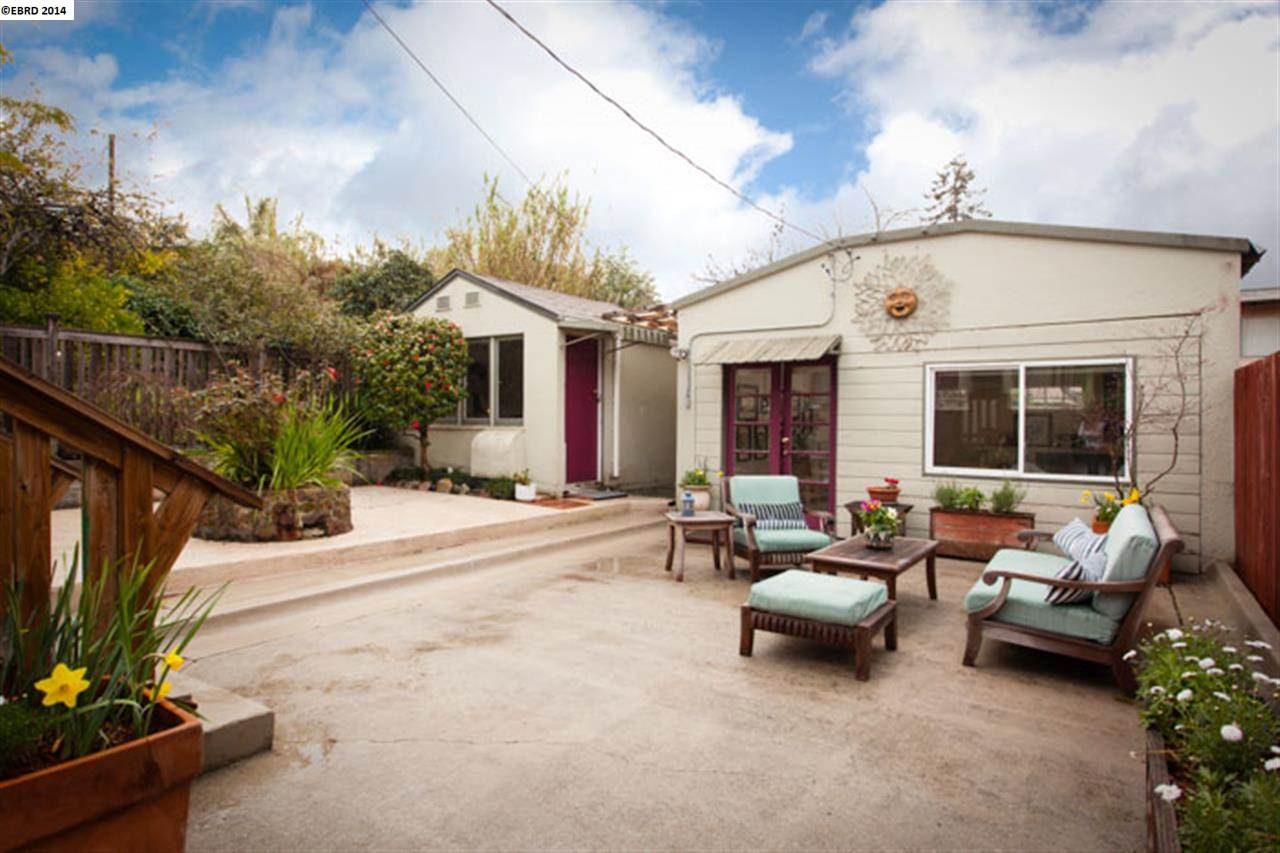 Additional photo for property listing at 2823 SCHOOL Street  Oakland, カリフォルニア 94602 アメリカ合衆国