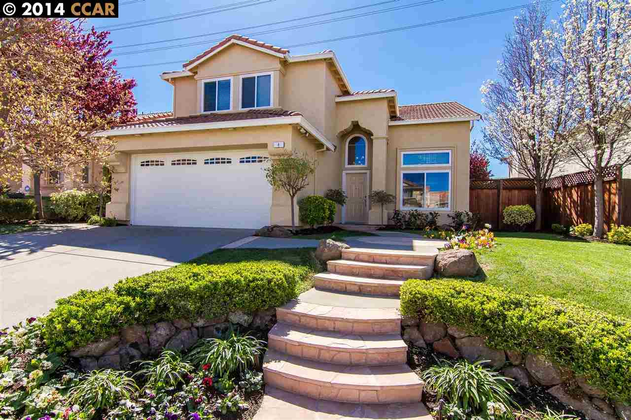 Single Family Home for Sale at 4 VINEWOOD Court Pittsburg, California 94565 United States