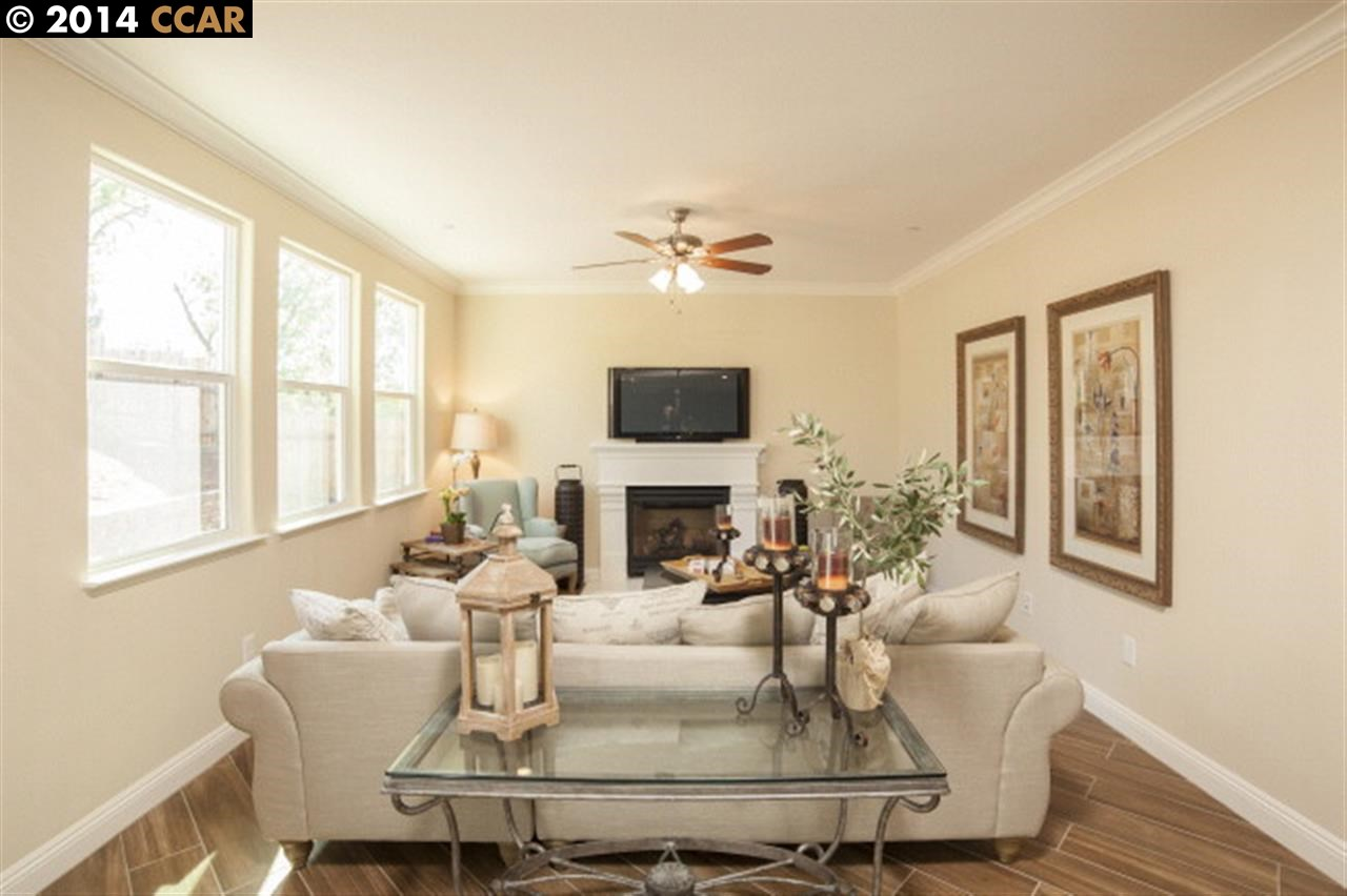 Additional photo for property listing at 191 Plaza Circle  Danville, Kalifornien 94526 Vereinigte Staaten