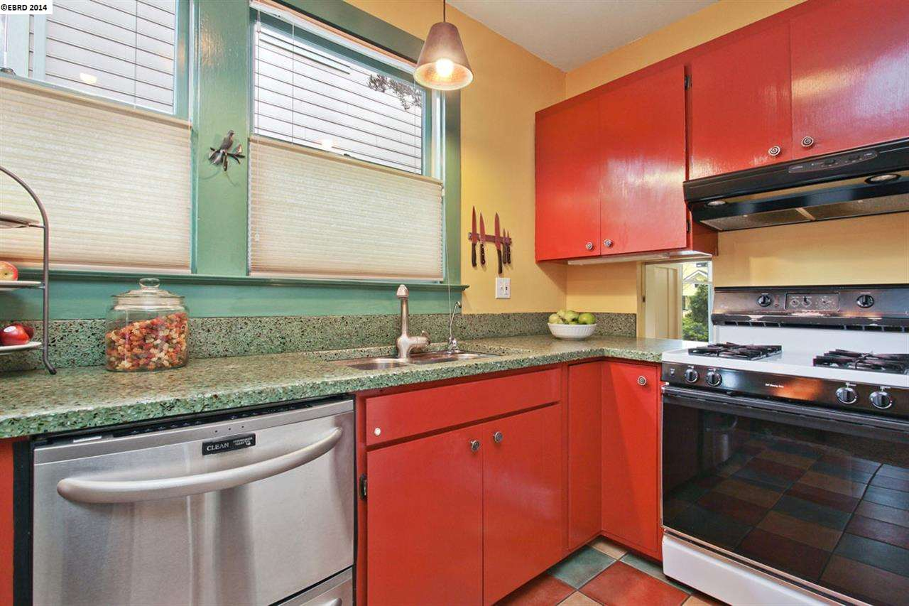 Additional photo for property listing at 2307 Stuart Street  Berkeley, Californie 94705 États-Unis