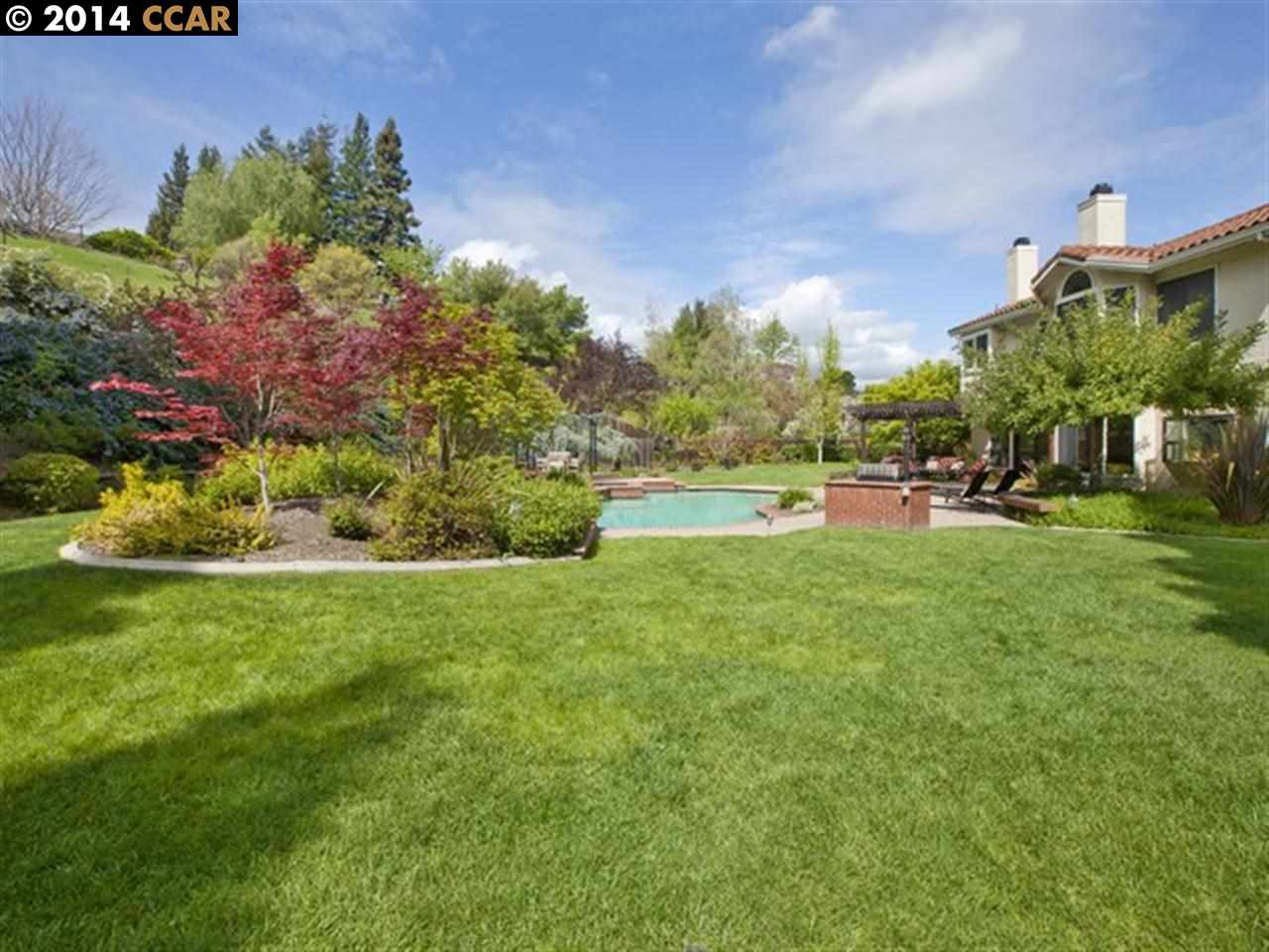 Single Family Home for Sale at 30 Foothill Court Danville, California 94506 United States