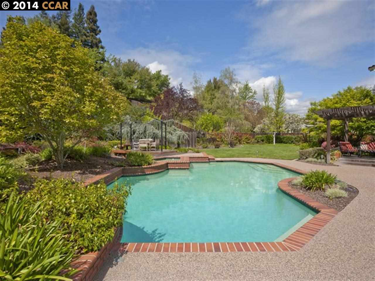 Additional photo for property listing at 30 Foothill Court  Danville, California 94506 Estados Unidos