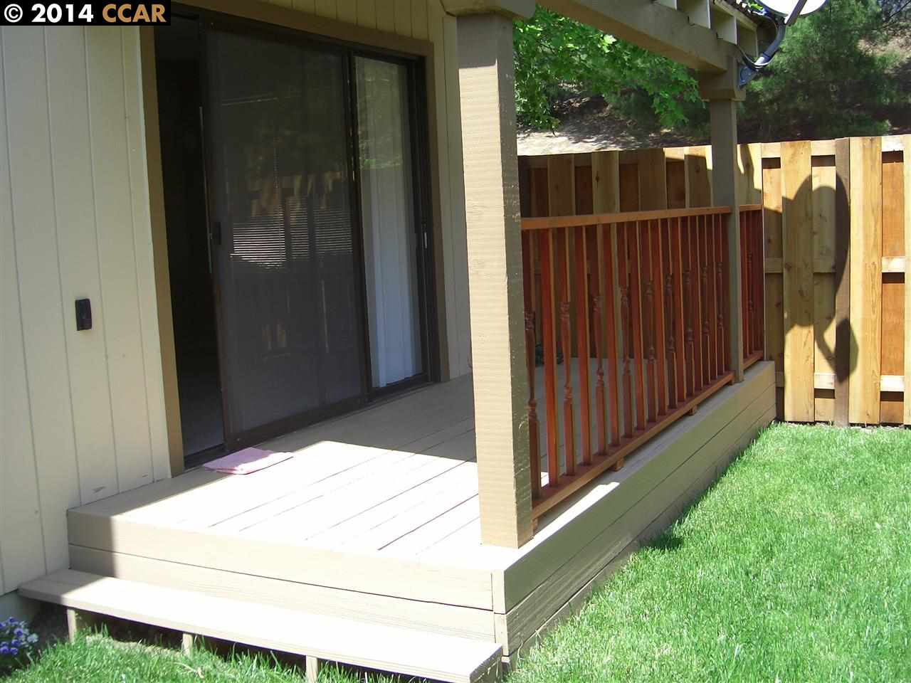 Additional photo for property listing at 10 HILL Court  Hercules, カリフォルニア 94547 アメリカ合衆国