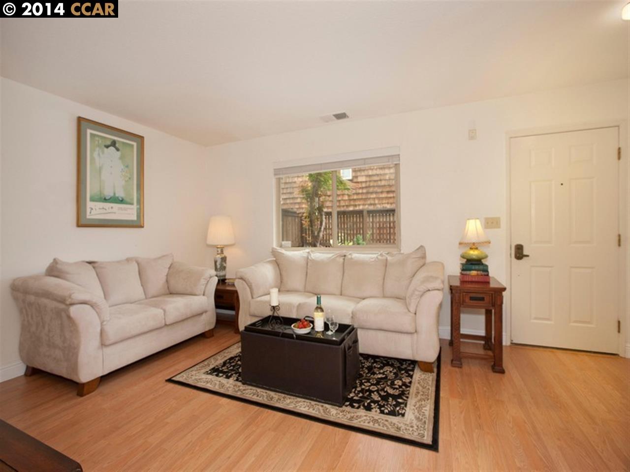 Additional photo for property listing at 225 Mayhew Way  Walnut Creek, カリフォルニア 94597 アメリカ合衆国