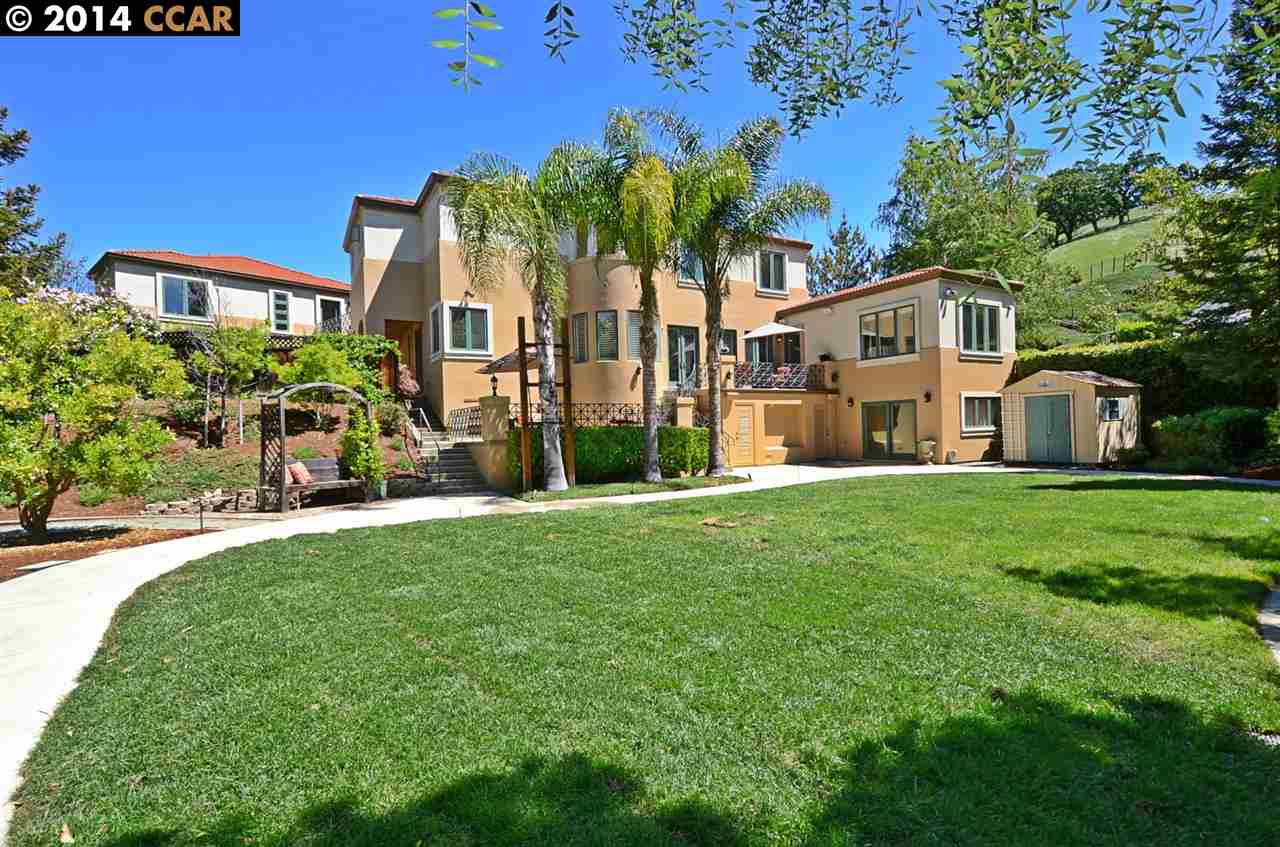 Частный односемейный дом для того Продажа на 37 E Brightwood Lane Danville, Калифорния 94506 Соединенные Штаты
